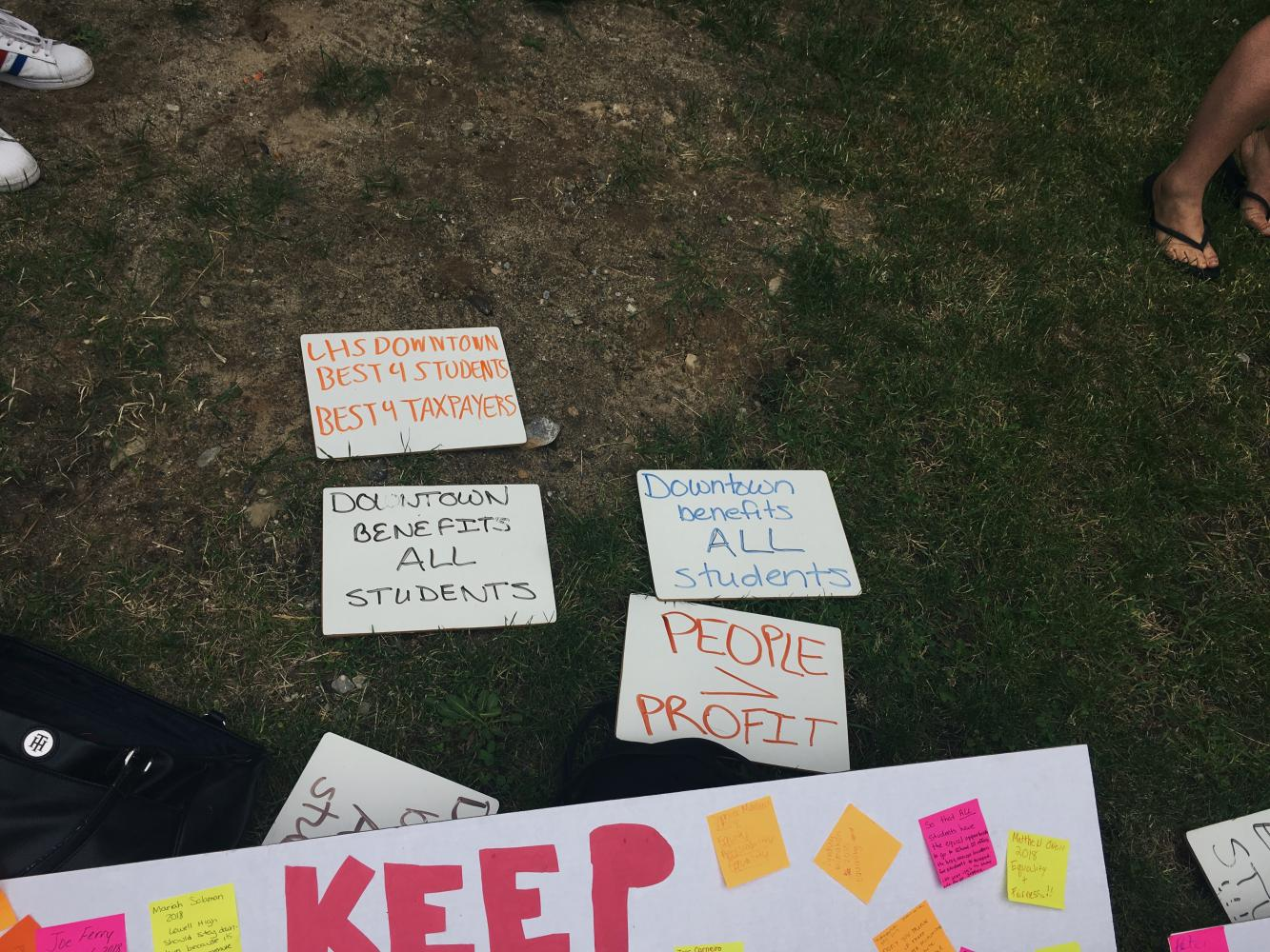 Written+on+white+boards+are+reasons+for+why+LHS+should+stay+in+the+downtown.++Students+made+a+peaceful+plea.
